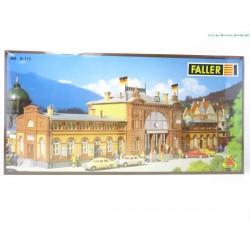 Faller B-115 station...